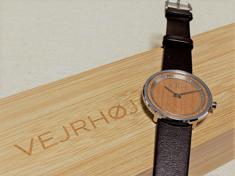 VEJRHOJ 木製腕時計